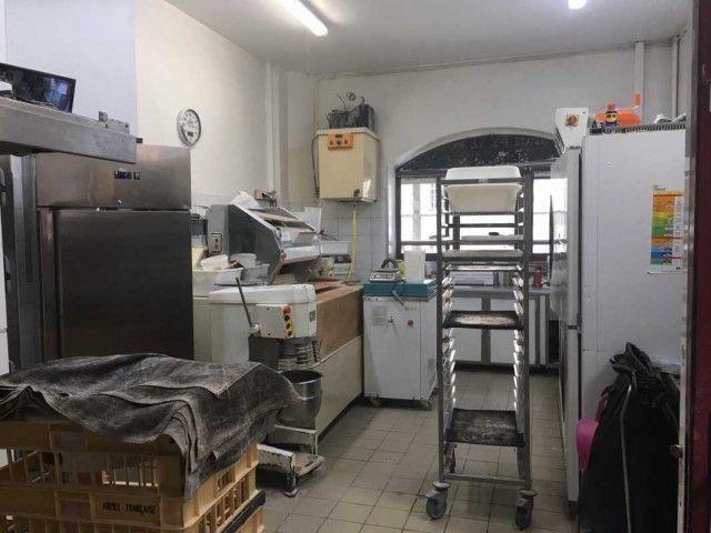 Cession Locaux commerciaux à LYON 69006 - 75 m² non divisibles